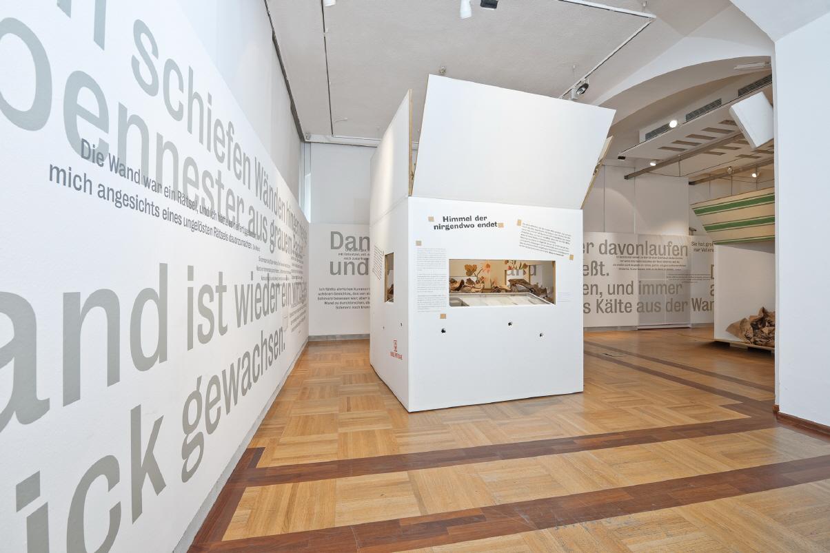 Ausstellung 2010 (Copyright: StifterHaus, Adalbert-Stifter-Platz 1, A-4020 Linz)
