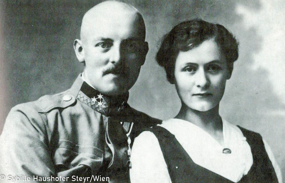 """Heinrich und Maria Frauendorfer 1917  (aus dem Katalog """"Marlen Haushofer 1920 - 1970""""). Copyright Sybille Haushofer Steyr/Wien"""